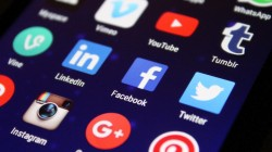 Why should you outsource your social media?